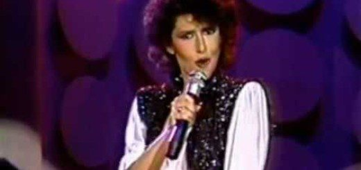 "DEF: Melissa Manchester ""You Should Hear How She Talks About You"""