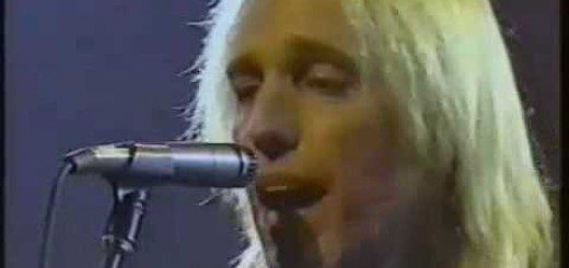 """DEF: Tom Petty and the Heartbreakers """"Don't Do Me Like That"""""""